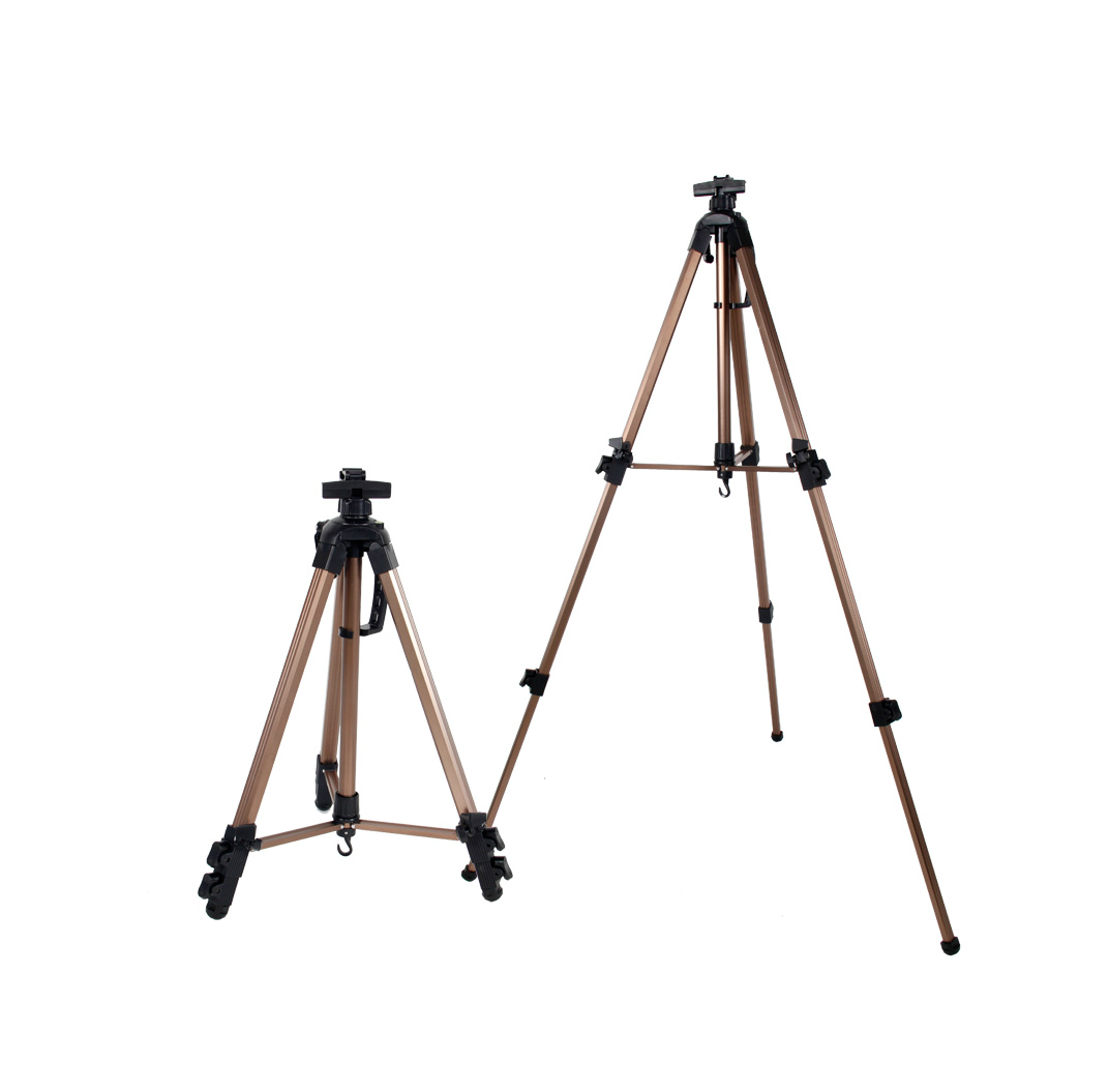 Adjustable Folding Tripod Easel  3
