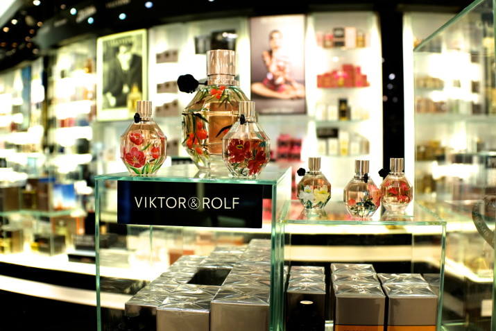 Viktor &Rolf bottle painting